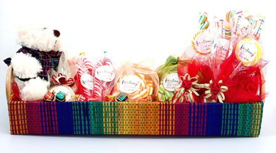 Fantasy Lollipop customizable hampers are perfect as gifts for your special occassion